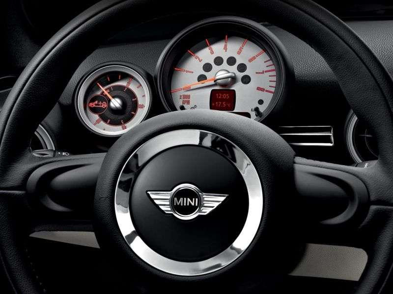 Mini Roadster 1st generation Cooper roadster 2 dv. 1.6 MT Basic (2012 – present)