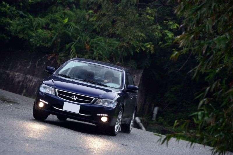 Mitsubishi Lancer 7th generation [restyling] Fortis 4 door sedan. 1.8 MT (2012 – n. In.)