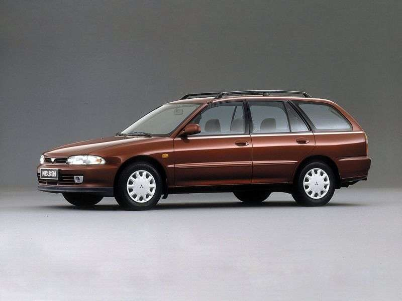 Mitsubishi Lancer 4th generation wagon 1.6 AT (1991–2000)