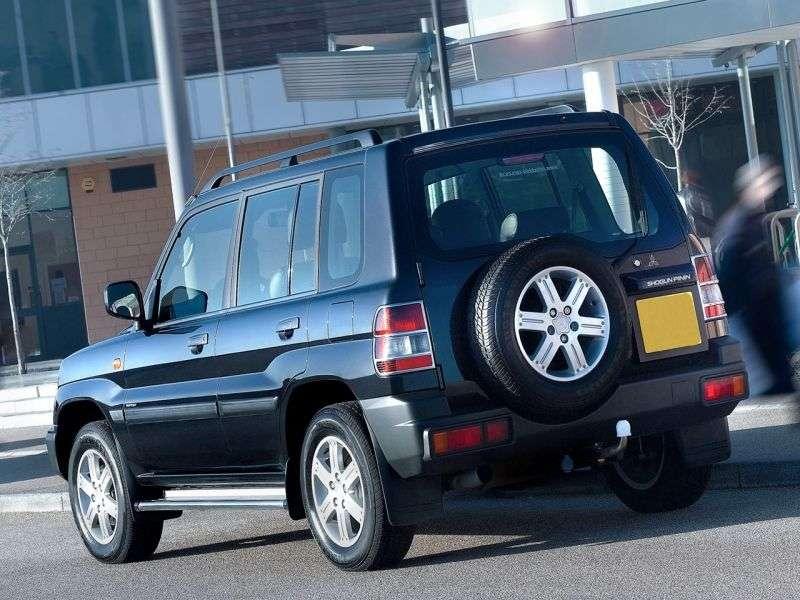 Mitsubishi Pajero Pinin 1st generation SUV 5 bit. 1.8 AT (2000–2006)