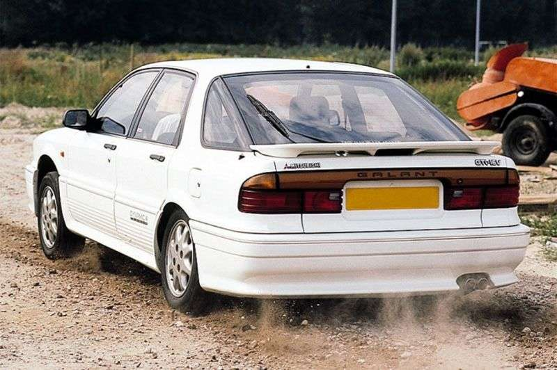 Mitsubishi Galant 6th generation hatchback 1.8 TD MT (1989–1993)