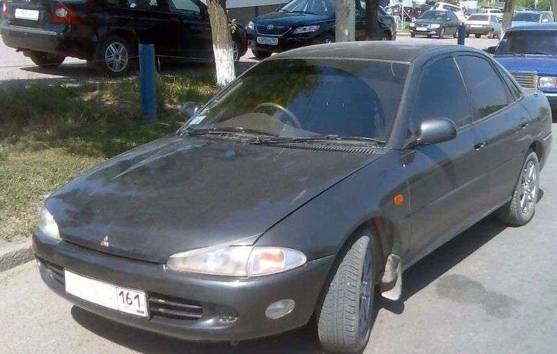 Mitsubishi Mirage 4 generation sedan 1.8 D AT (1991–1995)