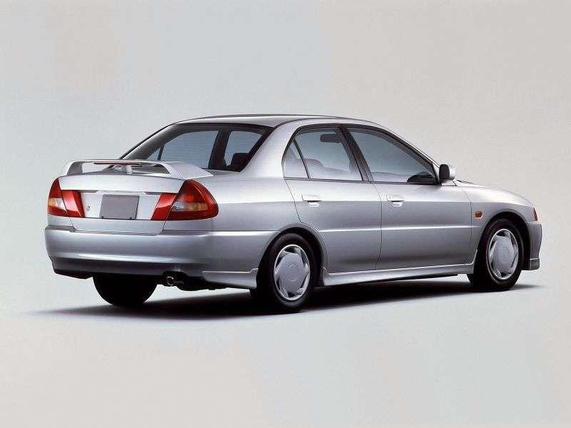 Mitsubishi Lancer 5 generation 4 door sedan. 1.8 T AT 4WD (1995–1997)