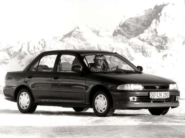 Mitsubishi Lancer 4 generation 4 door sedan. 1.8 T MT 4WD (1991–1994)