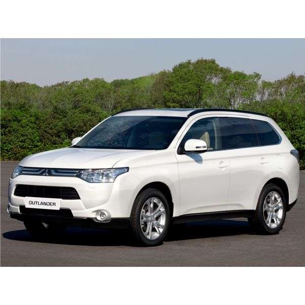 Mitsubishi Outlander 3rd generation 5 bit crossover. 3.0 AT 4WD Instyle S03 (2013) (2013 – current century)