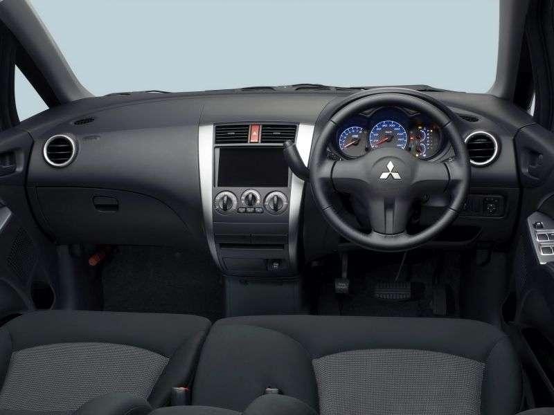 Mitsubishi Colt Z30 [zmiana stylizacji] JP spec hatchback 5 drzwiowy. 1,5 AT (2009 2012)
