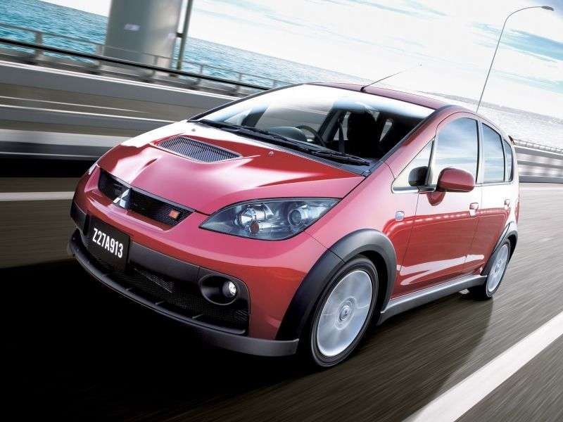 Mitsubishi Colt Z30Ralliart Version R 5 bit hatchback 1.5 Turbo MT (2006–2008)