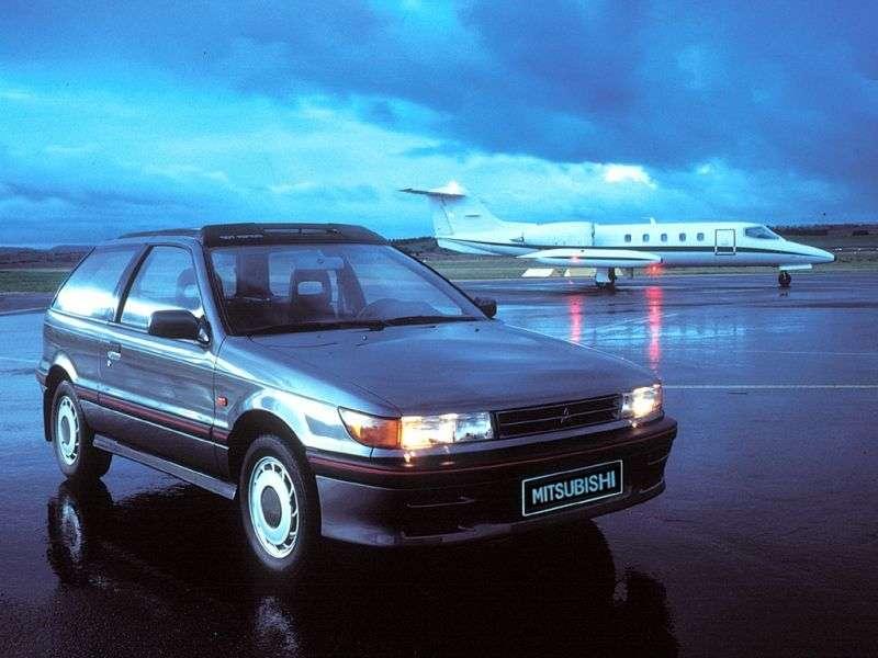 Mitsubishi Colt c50 MTX 1.6 MT (1988–1992)