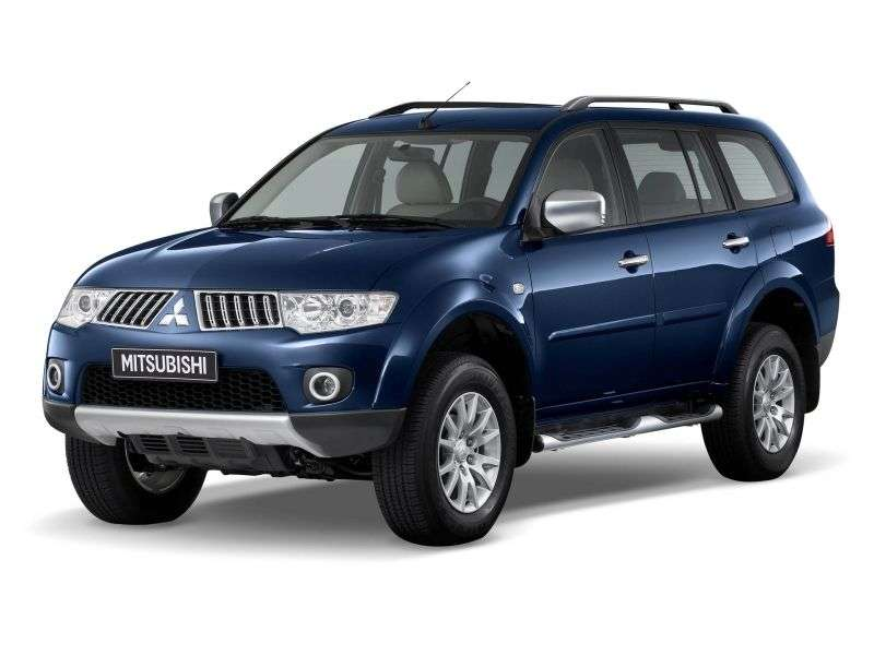 Mitsubishi Pajero Sport 2nd generation SUV 3.0 AT AWD Ultimate S08 (2008 – n.)