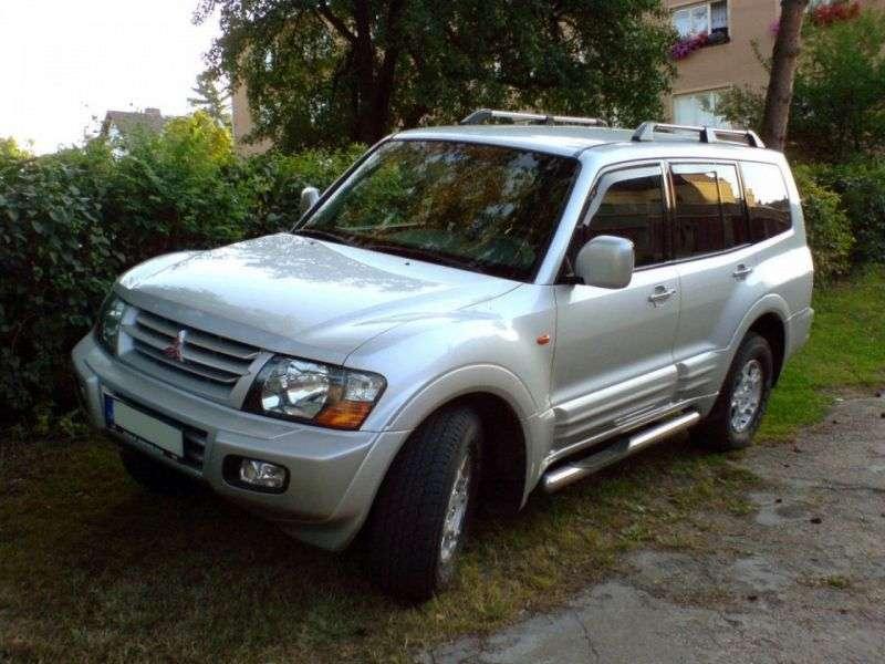 Mitsubishi Pajero 3rd generation SUV 5 dv. 3.0 AT (1999–2003)