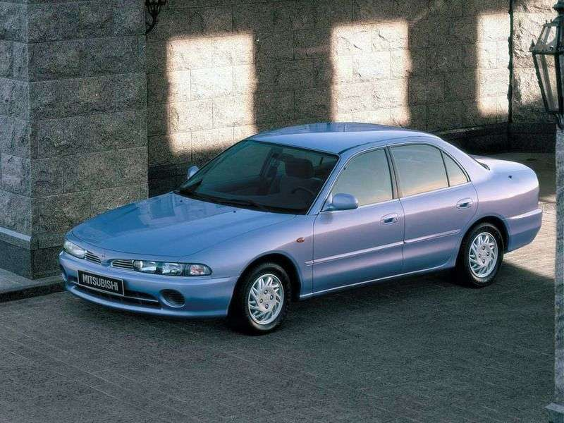 Mitsubishi Galant 7 generation sedan 1.8 MT AWD (1992–1996)