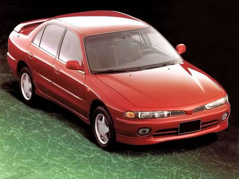 Mitsubishi Galant 7 generation sedan 1.8 MT (1993 1998)