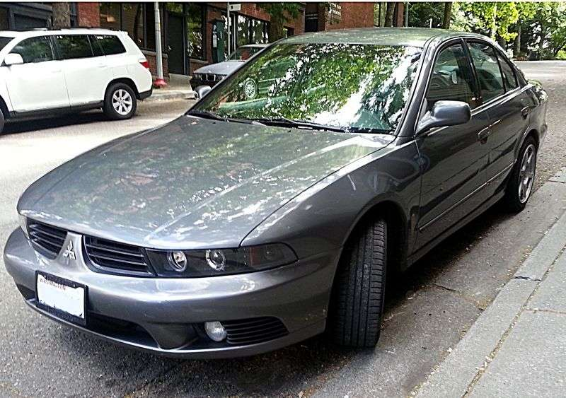 Mitsubishi Galant 8 generation [restyling] 2.4 GDI MT sedan (2001–2006)