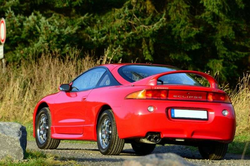 Mitsubishi Eclipse 2G [restyling] coupe 2.0 MT (1997–1999)