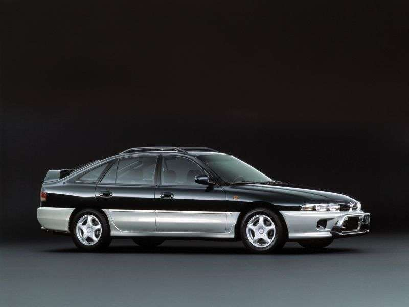 Mitsubishi Galant 7th generation hatchback 1.8 AT (1992–1996)