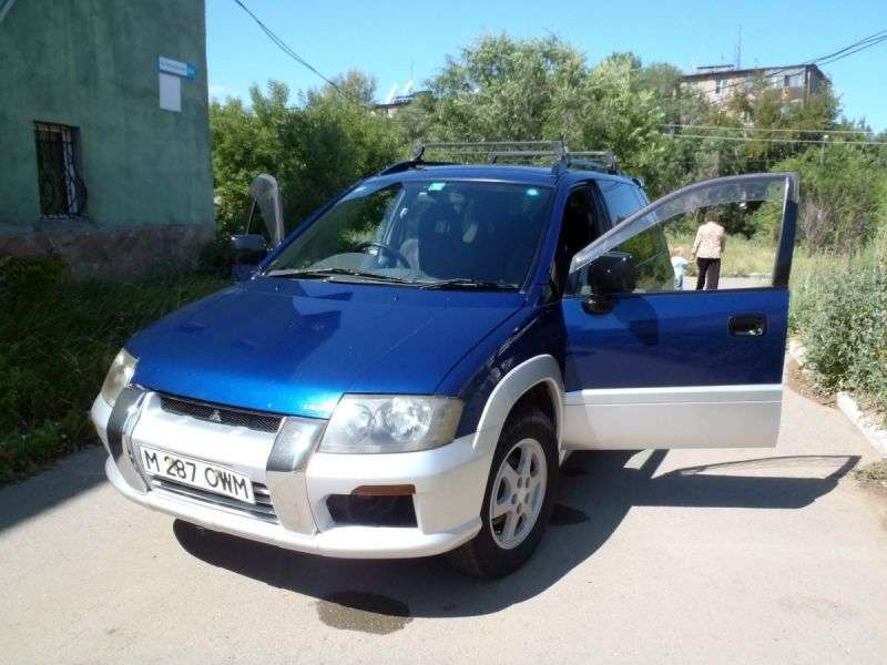 Mitsubishi RVR 2nd generation crossover 2.0 AT 4WD (1997–2002)