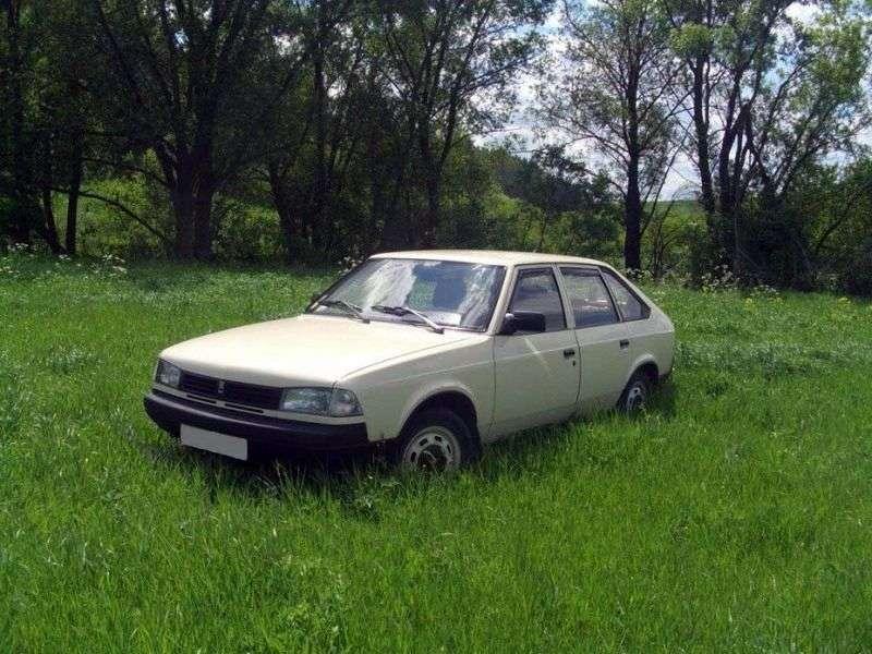 Moskvich Svyatogor 1st generation hatchback 1.6 MT (1997–2001)