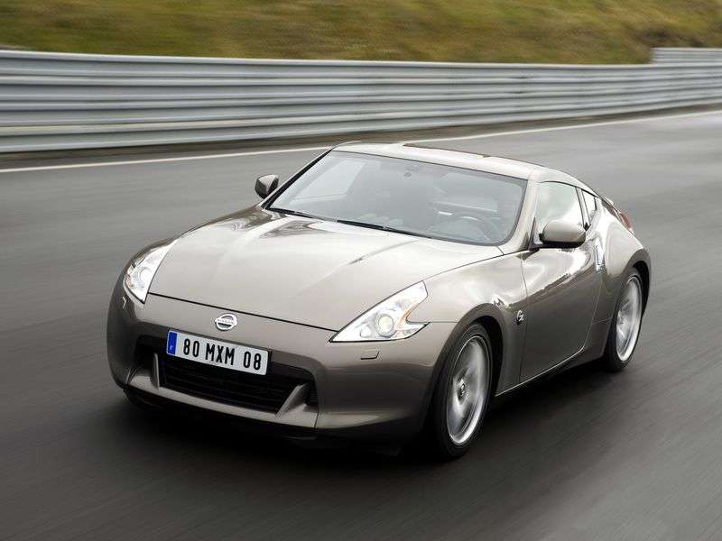 Nissan 370Z Z34 Coupe 3.7 AT (2009 – present)