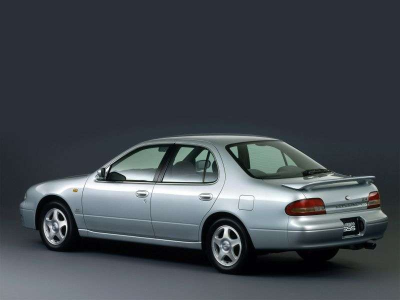 Nissan Bluebird U13sedan 2.0 SSS AT (1991–1997)
