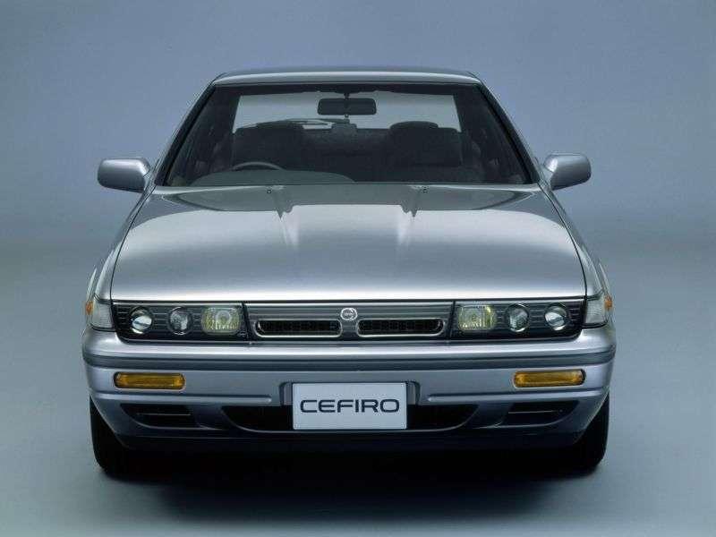 Nissan Cefiro A31sedan 2.0 MT 4WD (1988–1994)