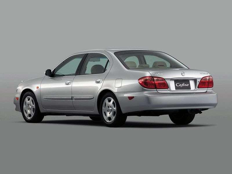Nissan Cefiro A33sedan 2.5 MT (1999–2003)