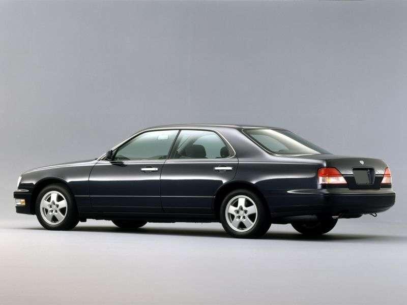 Nissan Gloria Y33hardtop 2.5 AT (1995–1999)