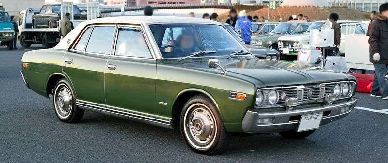 Nissan Gloria 330sedan 2.0 MT (1975–1979)