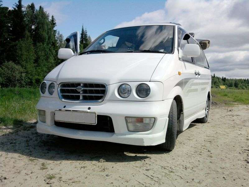 Nissan Largo W30 [restyled] Highway Star Touring minivan 5 dv. 2.0 TDI AT 4WD (1996–1999)