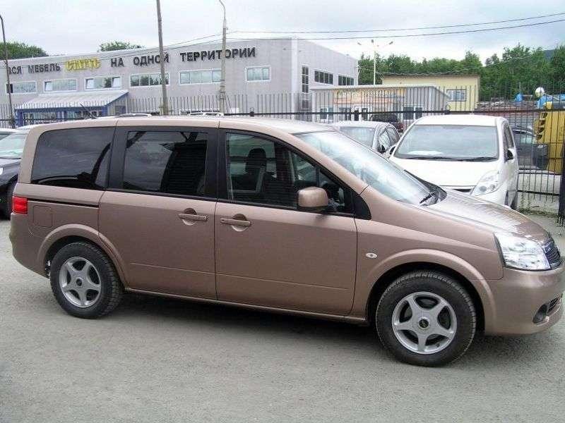 Nissan Lafesta 1st generation [restyling] minivan 2.0 CVT 4WD (2007–2011)