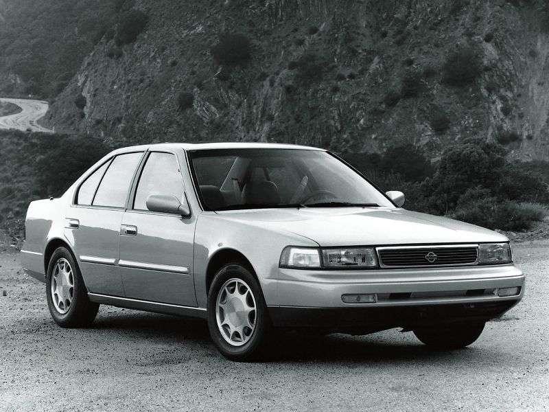 Nissan Maxima J30sedan 3.0 AT (1988–1994)