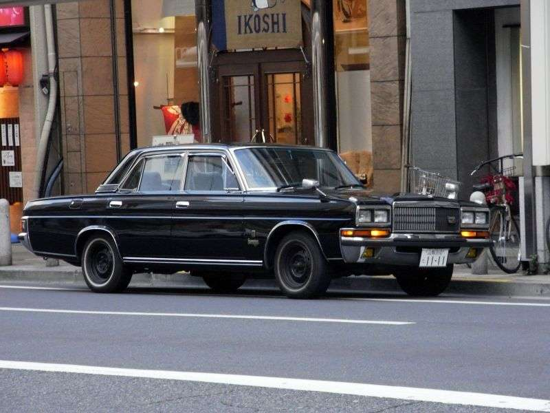 Nissan President H250 [2nd restyling] sedan 4.4 AT (1982–1990)