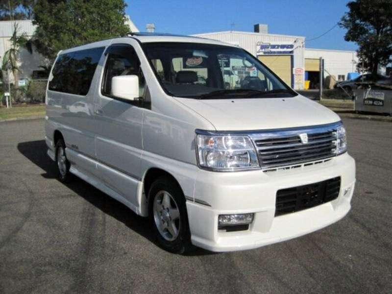 Nissan Elgrand E50 minivan 5 dv. 3.5 AT (2000–2002)