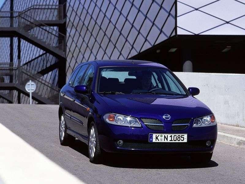 Nissan Almera N16 [restyling] 5 dv hatchback 2.2 D MT (2003–2006)