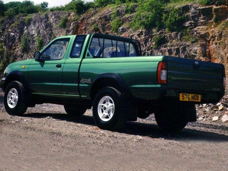 Nissan Pick UP D22King Cab pickup 2 doors 2.5 D AWD MT (1997–2001)