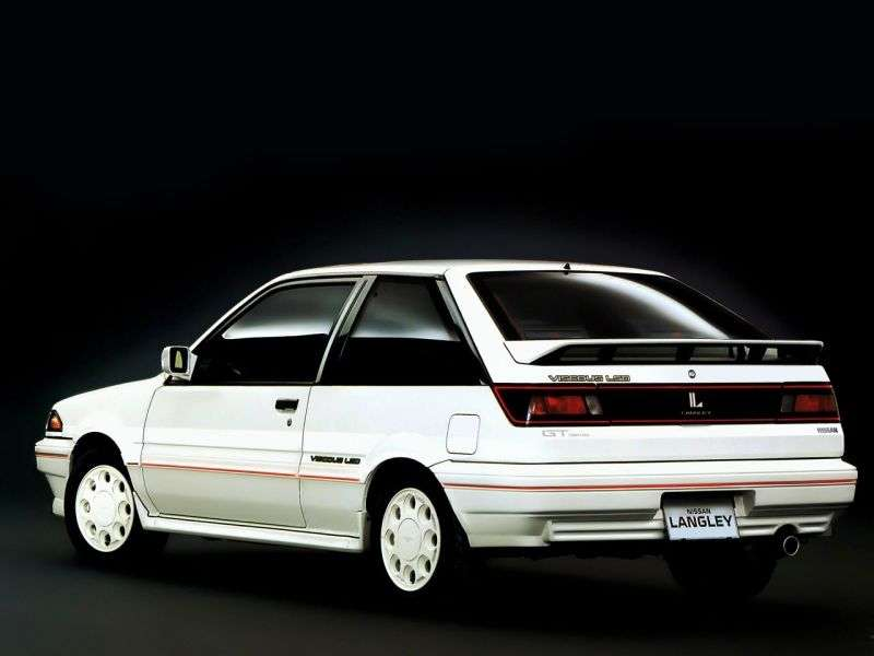 Nissan Langley N13hatchback 1.8 MT (1988–1990)