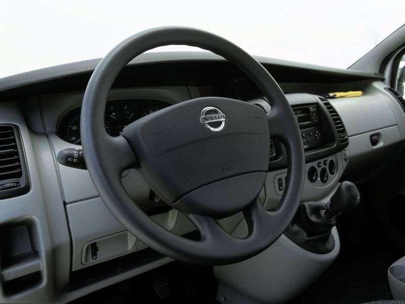 Nissan Primastar 1st generation van 1.9 Turbo dCi MT (2002–2006)
