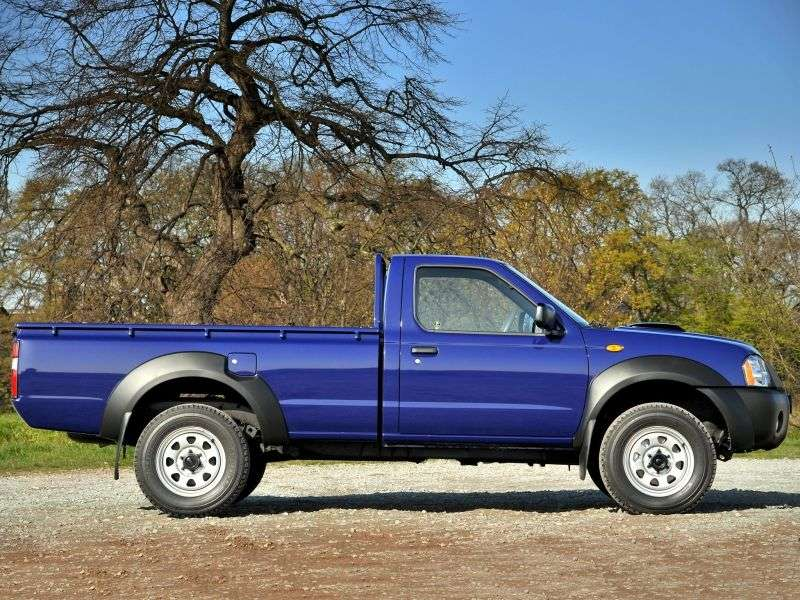 Nissan Pick UP D22 [restyling] Single Cab pick up 2 dv. 2.5 AWD MT (2002–2007)