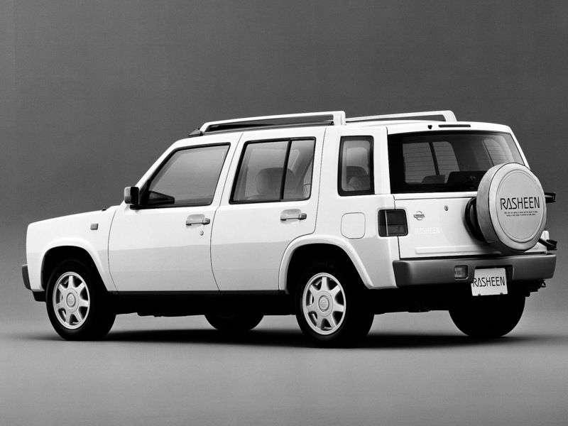 Nissan Rasheen pierwszej generacji, 5 drzwiowy crossover. 1,5 MT 4WD (1994 2000)