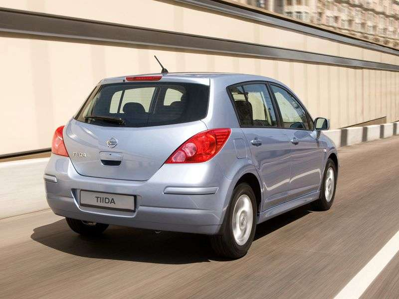 Nissan Tiida C11 [restyled] hatchback 1.6 AT Tekna (2011) (2010 – current century)