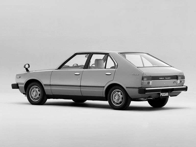 Nissan Pulsar N10 fastback 1.0 MT (1978–1982)