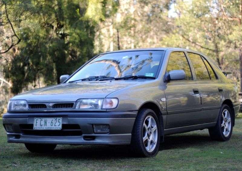 Nissan Pulsar N14hatchbek 5 dv. 1.8 GTI MT (1990–1995)
