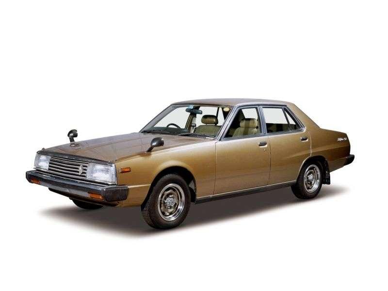 Nissan Skyline C210sedan 4 bit. 2.0 MT (1979–1981)