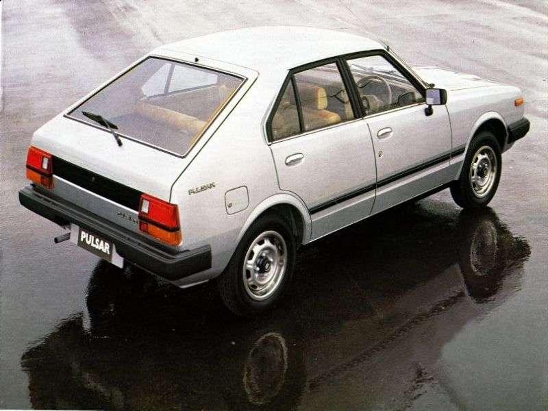 Nissan Pulsar N10hetchbek 5 dv. 1.4 MT (1978–1982)