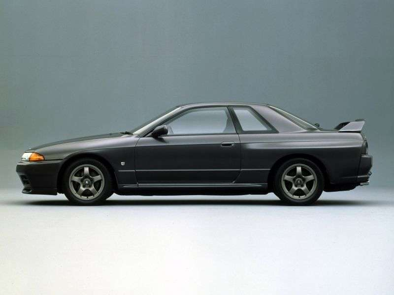 Nissan Skyline R32GTR Coupe 2 dv. 2.6 Twin Turbo MT (1989–1994)