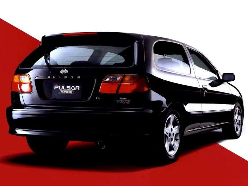 Nissan Pulsar N15 [restyling] Serie Hatchback 1.8 GTI AT (1997–2000)