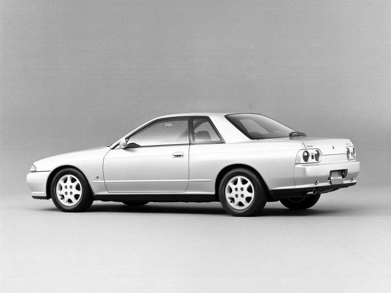 Nissan Skyline R32 Coupe 2 dv. 2.5 MT (1991–1994)