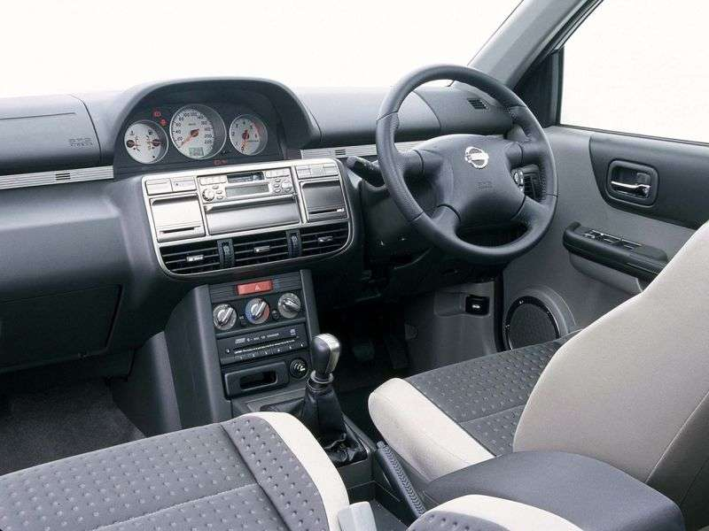 Nissan Otti H91Whatchback 0.7 MT (2005–2006)
