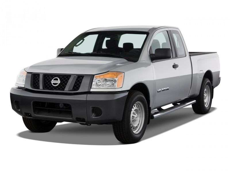 Nissan Titan 2nd generation King Cab pickup 5.6 AT LWB 4WD (2007 – n.)