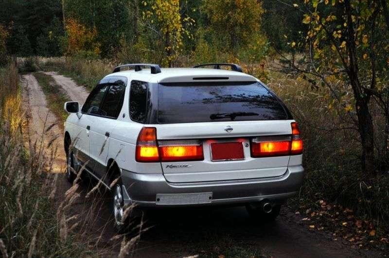 Nissan Rnessa 1st generation wagon 2.0 CVT (1997–2001)