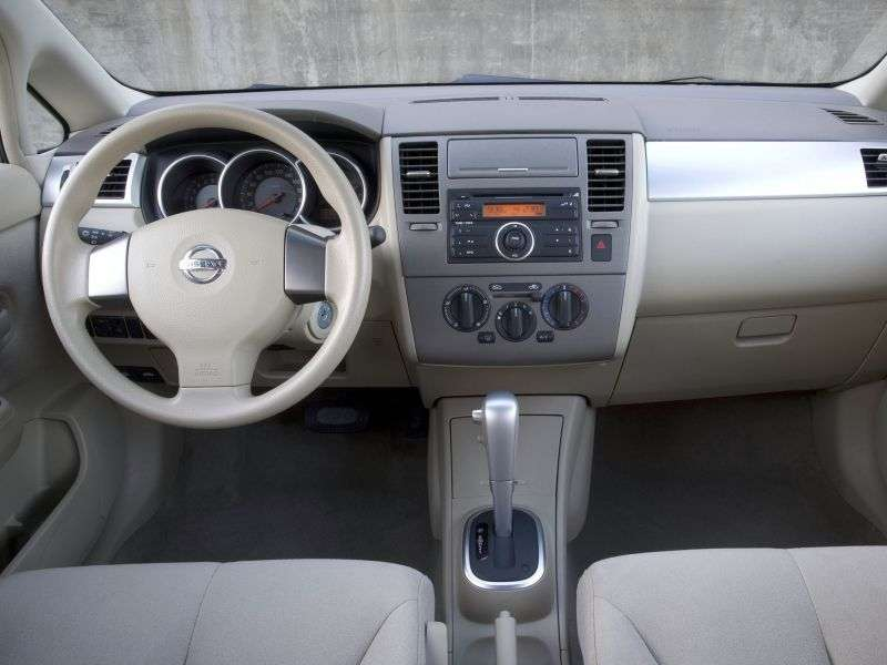 Nissan Versa 1st generation [restyled] hatchback 1.6 AT (2009–2012)